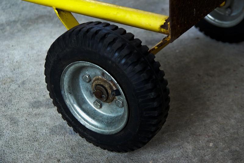 Сделай сам колёса на тачку своими руками 133